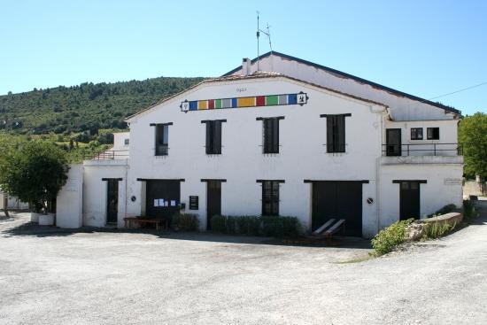 Cave d'Embres et Castelmaure